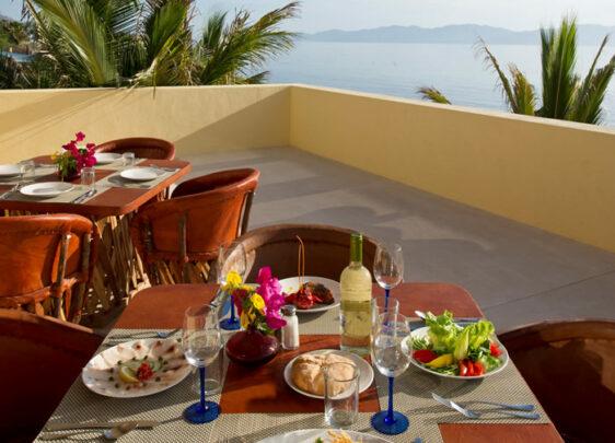 Dining, Ventana Windsports